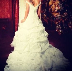 David's Bridal Signature Wedding Dress